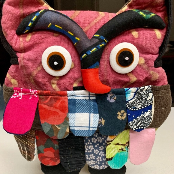 HAND MADE Handbags - ADORABLE HAND MADE 🦉 OWL ADJUSTABLE CROSSBODY BAG